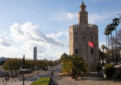 Torre del Oro e Torre Sevilla