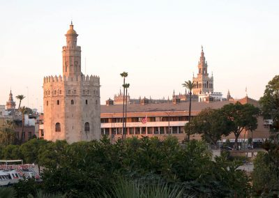 Torre del Oro e Giralda da Triana